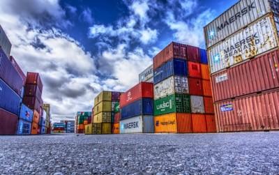 In den Container und ab ins Ausland - roTeg verkaufte 2017 mehr Roboter ins EU-Ausland