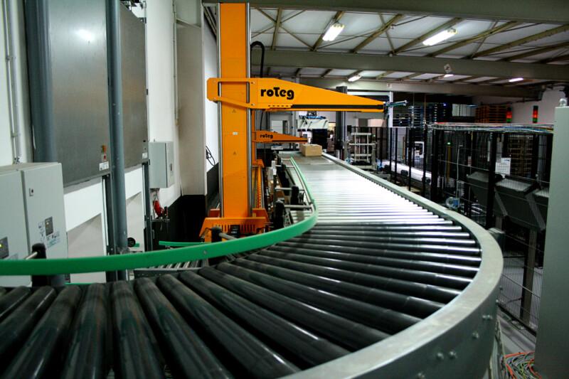 roTeg hat ein neues Video veröffentlicht, in dem das Unternehmen eine komplexe Anlage präsentiert.