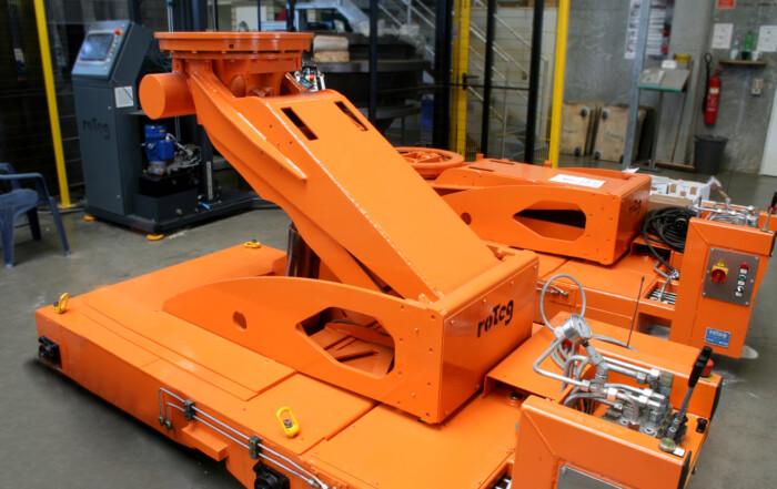 Die roTeg AG fertigt neben Palettieranlagen auch Sondermaschinen wie Hydraulikhubwagen.