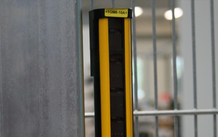 Die roTeg AG verwendet für ihre Palettieranlagen sensorloses Muting