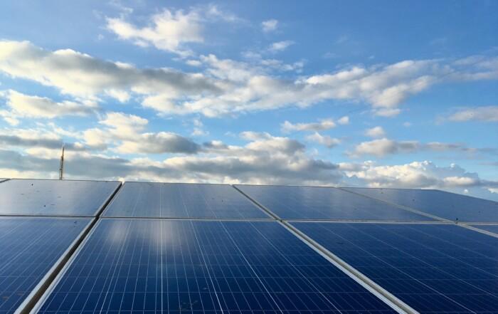 Die roTeg AG hat jetzt eine Photovoltaikanlage auf ihrem Hallendach